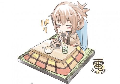 二次 萌え フェチ エロ 冬 コタツ みかん 寝ている 寝顔 和室 食事風景 SDキャラ チビキャラ 正月 炬燵 二次エロ画像 kotatsu2015120218