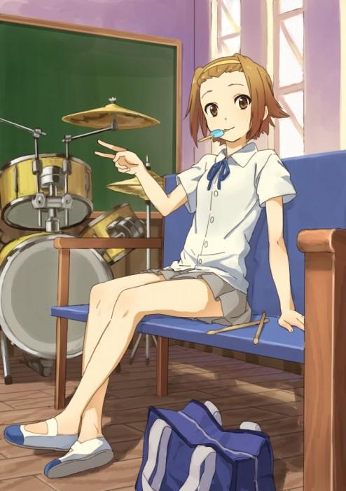 二次 非エロ 萌え 楽器 ヘッドフォン ギター 管楽器 弦楽器 笛 ピアノ ヴァイオリン ドラム 美少女風景 二次非エロ画像 gakki10020160527007