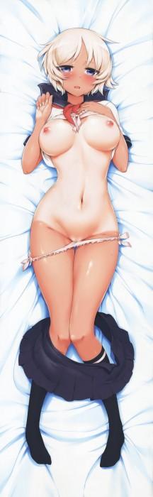 二次 エロ 萌え フェチ 下着 水着 トイレ ラッキースケベ タイツ パンツ 脱ぎかけ 穿きかけ 着替え 脱ぎかけ・脱げかけ パンツが足に引っかかってる お尻 パンツが片足に引っ掛かってる 片足パンツ状態 抱き枕 二次エロ画像 pantsnugikake2017010914